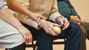 Supporting elderly parents with in home care services