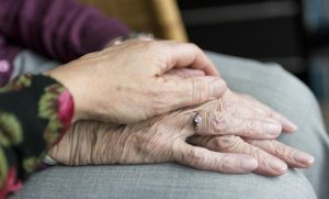 How Seniors Benefit from Companionship at Home
