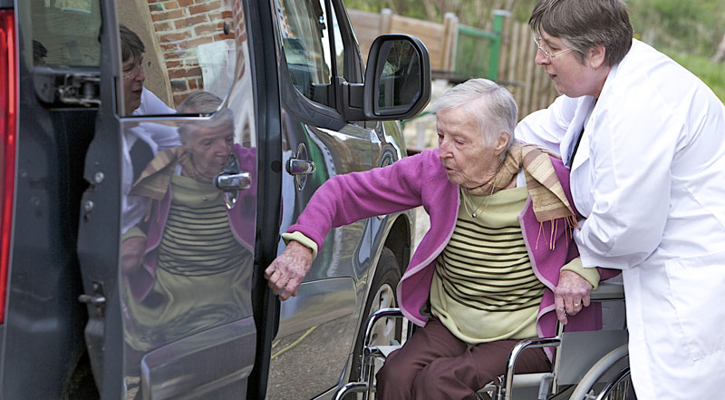 Elderly transportation services - protect your loved ones
